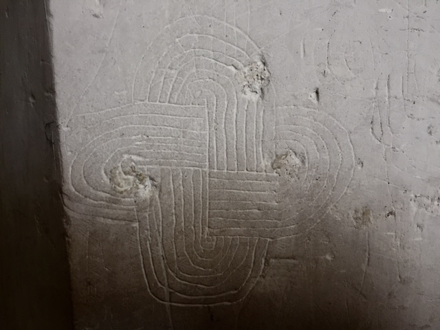 Solomon's knot, St Mary's church Lidgate